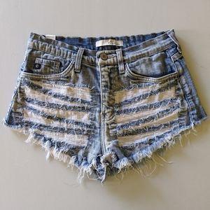 KanCan distressed denim cutoff shorts